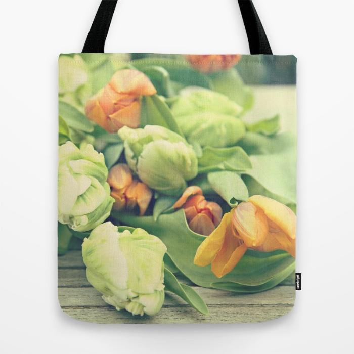 tulips-6ep-bags