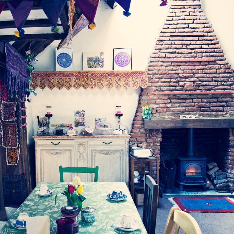 sanuk tearoom 2
